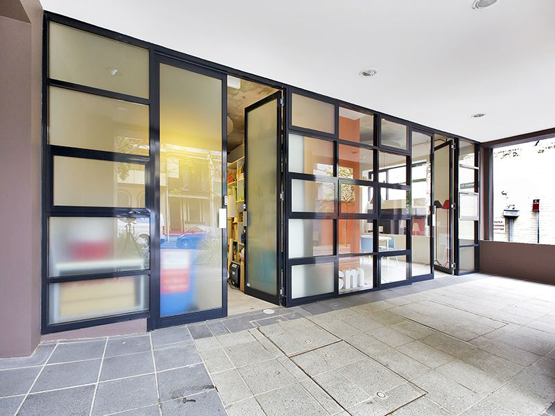 Ground Floor Retail, Showroom or Office