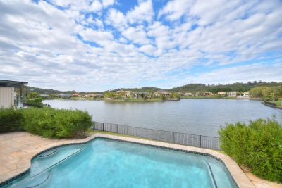 Blissful waterfront in prime central cul-de-sac