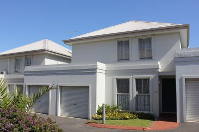 PERFECTLY POSITIONED THREE BEDROOM TOWNHOUSE