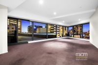 Huge 2 Bed Plus Study Eureka Tower Apartment!