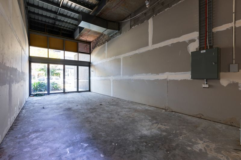 Ground floor retail strata on Bay Terrace for sale or lease