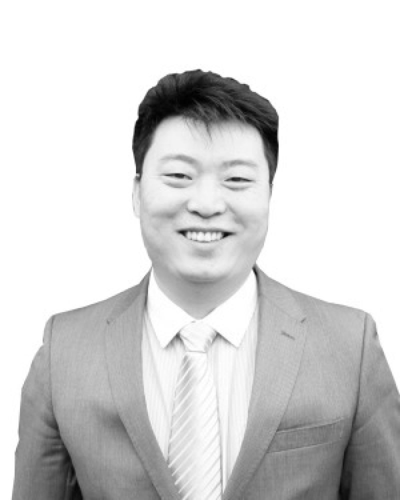 Dustin Tian Real Estate Agent