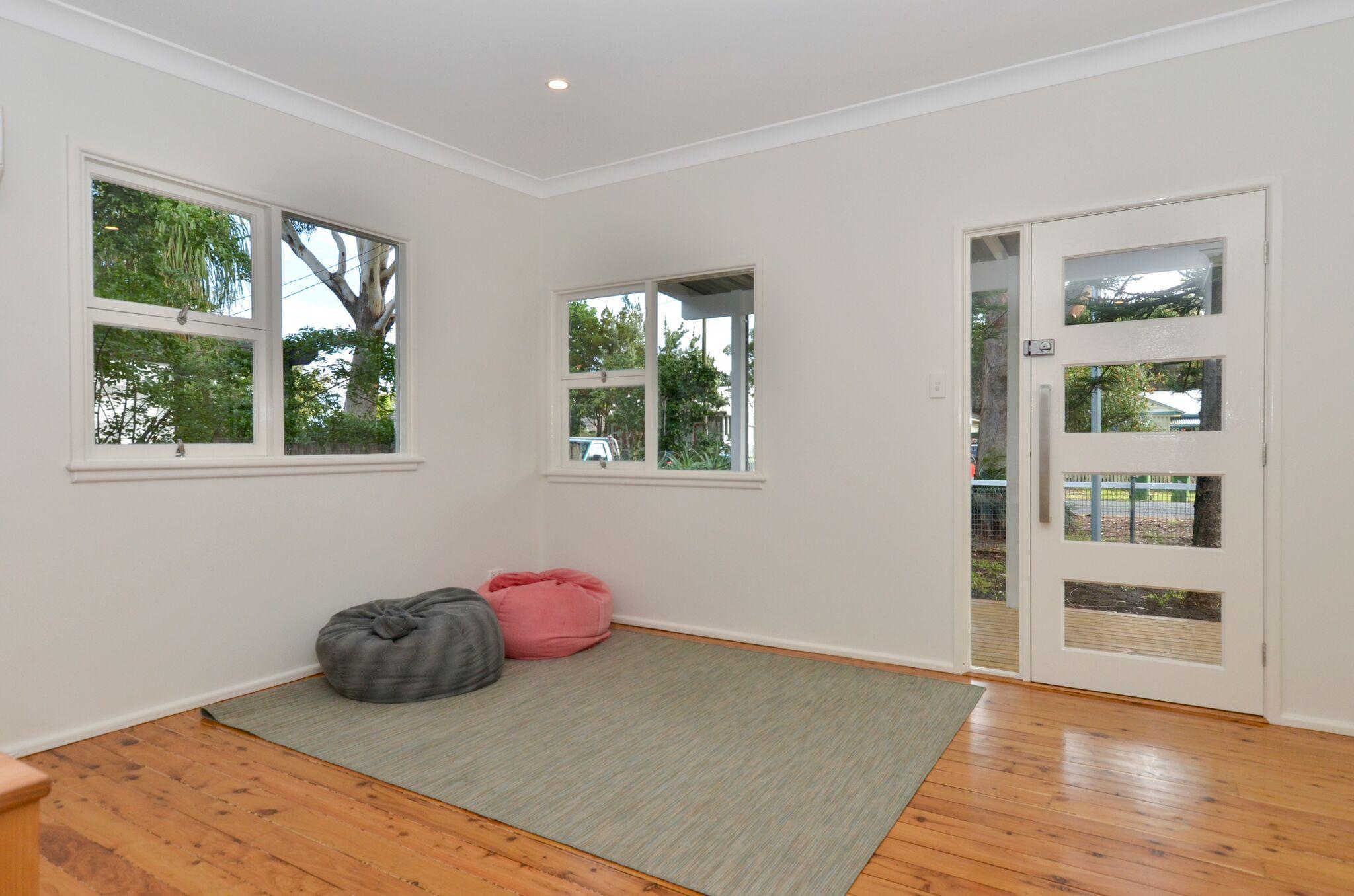 14 Banksia Street Ettalong Beach 2257