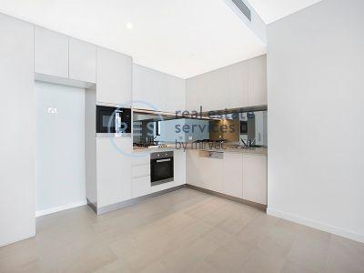 1-Bedroom Apartment in Prime Harold Park Location