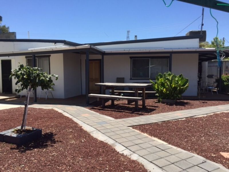 WATTLE CAFE AND TAKEAWAY, PLUS 2 BR HOME PLUS ADDITIONAL BLOCK -  FREEHOLD SALE