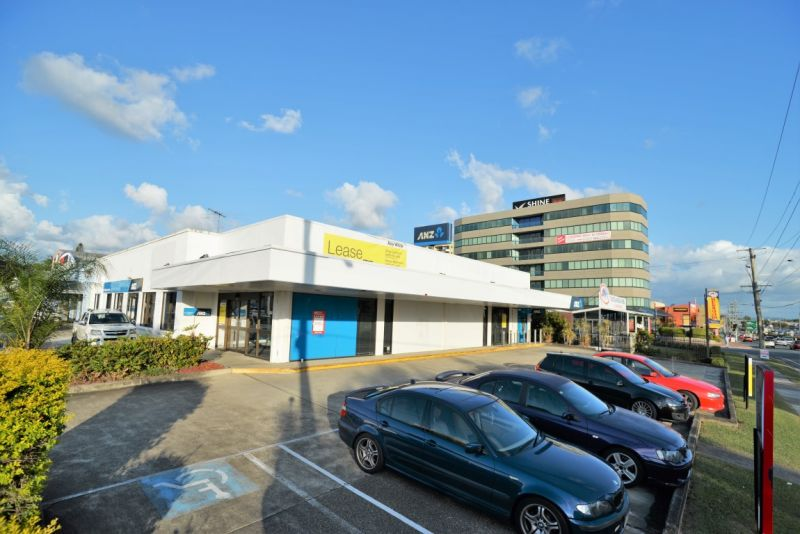 Professional Office Suite With Unbeatable Exposure to M1 - Price Reduced