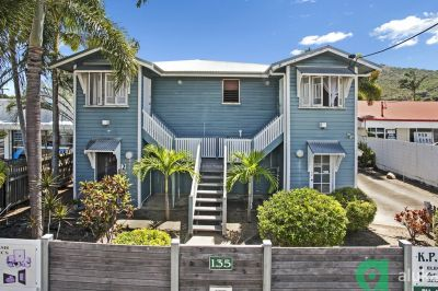 2 Bedroom Unit in Sought After West End  Close to CBD & Strand!