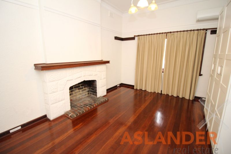 DELIGHTFUL CHARACTER HOME - FABULOUS LOCATION