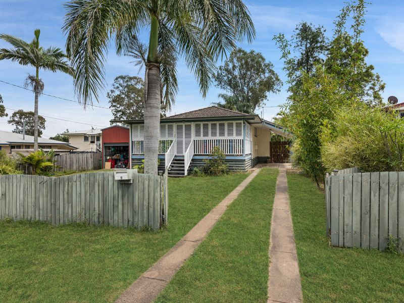 CHARMING HOME WITH BIG SHED!