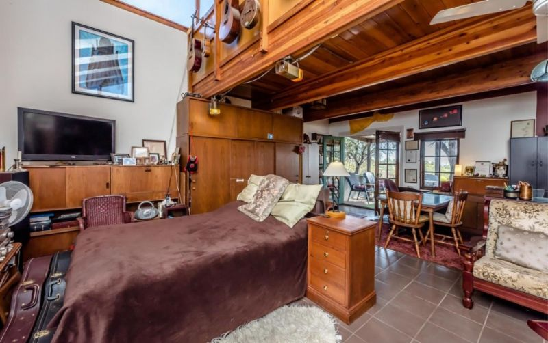 ACCOMMODATION BUSINESS WITH FABULOUS LIFESTYLE PROPERTY – SELLING FREEHOLD