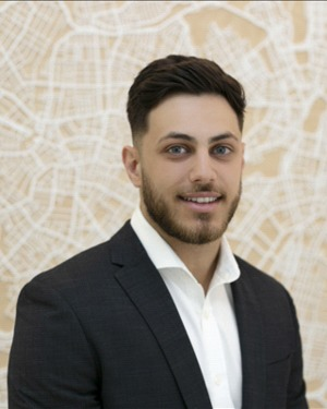 Harry Kinezos Real Estate Agent