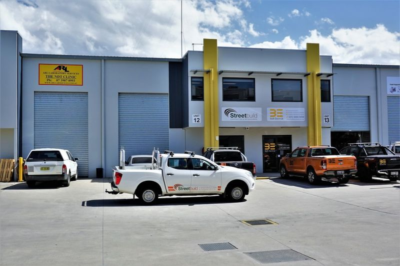 182m2* AFFORDABLE HEMMANT OFFICE / WAREHOUSE