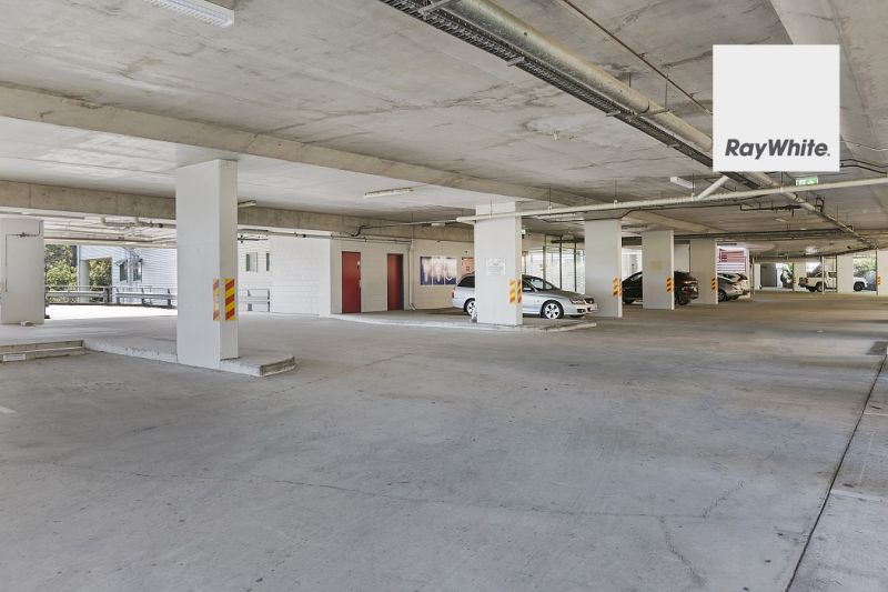 Retail Opportunity Located within busy Local Complex