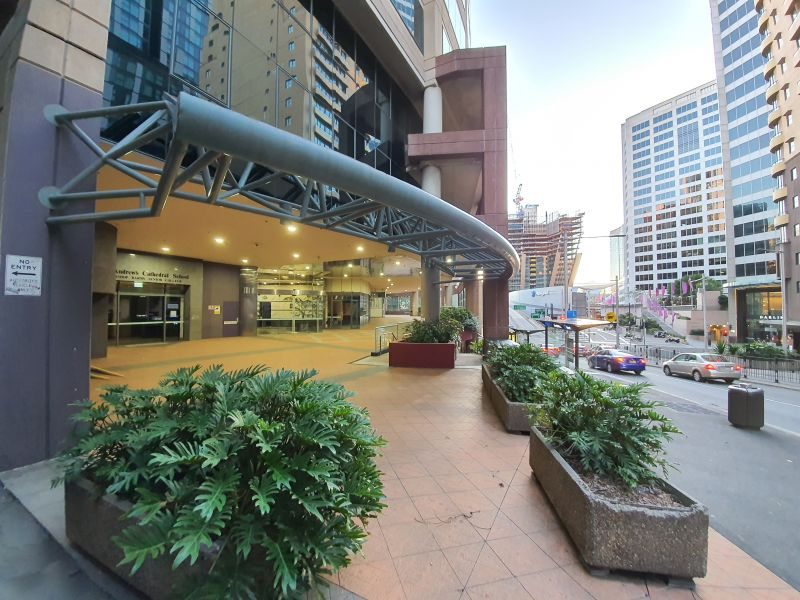 PREMIUM FOOD LOCATION WITH OUTDOOR SEATING OPTIONS – PRIME SPOT