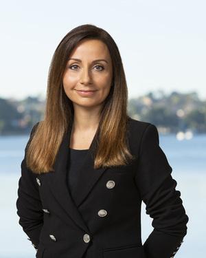 Poppy Diamantopoulos Real Estate Agent