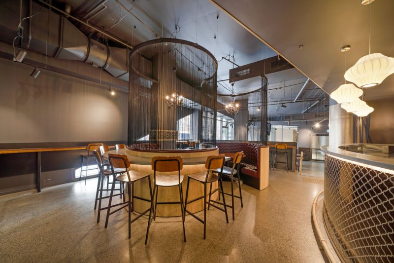 HIGH END RESTAURANT OPPORTUNITY INCLUDES FULL FIT-OUT
