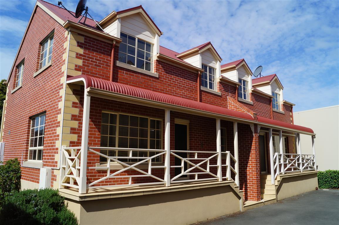 3/5 Flinders Lane