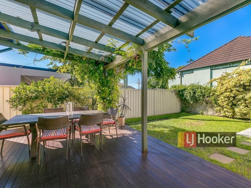 348 New Canterbury Rd, Dulwich Hill