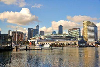 80 Newquay Promenade, Docklands