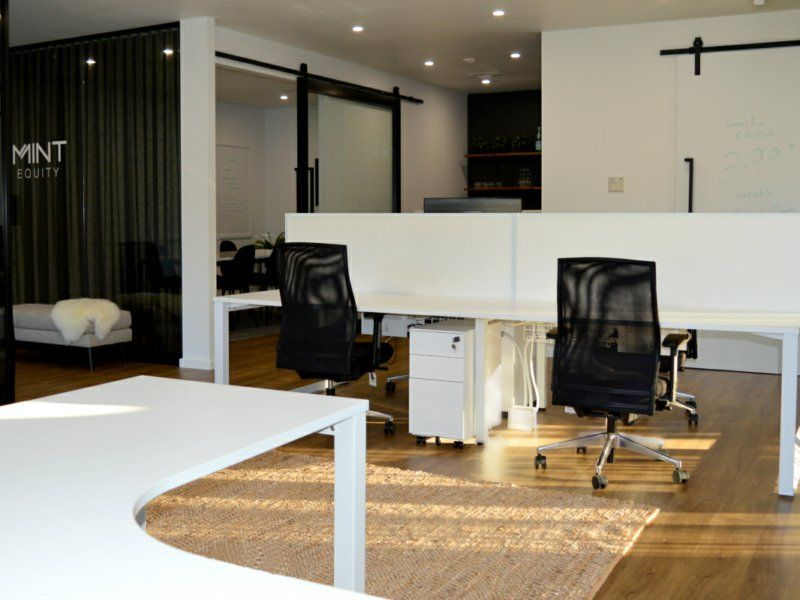 STYLISH OFFICE SPACE IN SOMERSBY