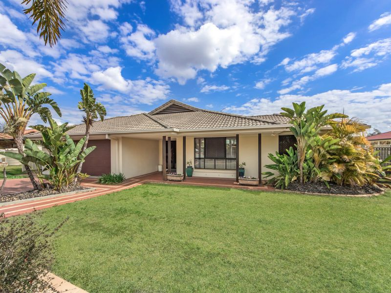 SOLD BY MIKE & KIRSTY - CROWNE REAL ESTATE - THINK PROPERTY - THINK PINK!