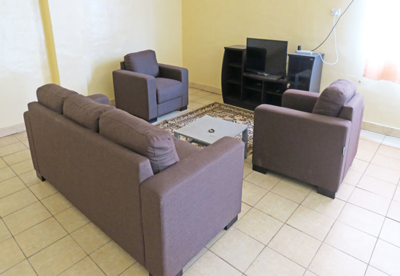 4O Room Complex For A Preferred Group Of Corporate Tenancy.