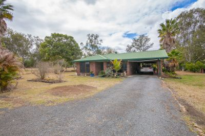Country living on a large 4078m2