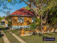 Hot Bulimba Parcel  Family Estate on 789m2