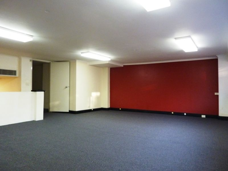 140m2 Showroom/Office for Lease in Surry Hills