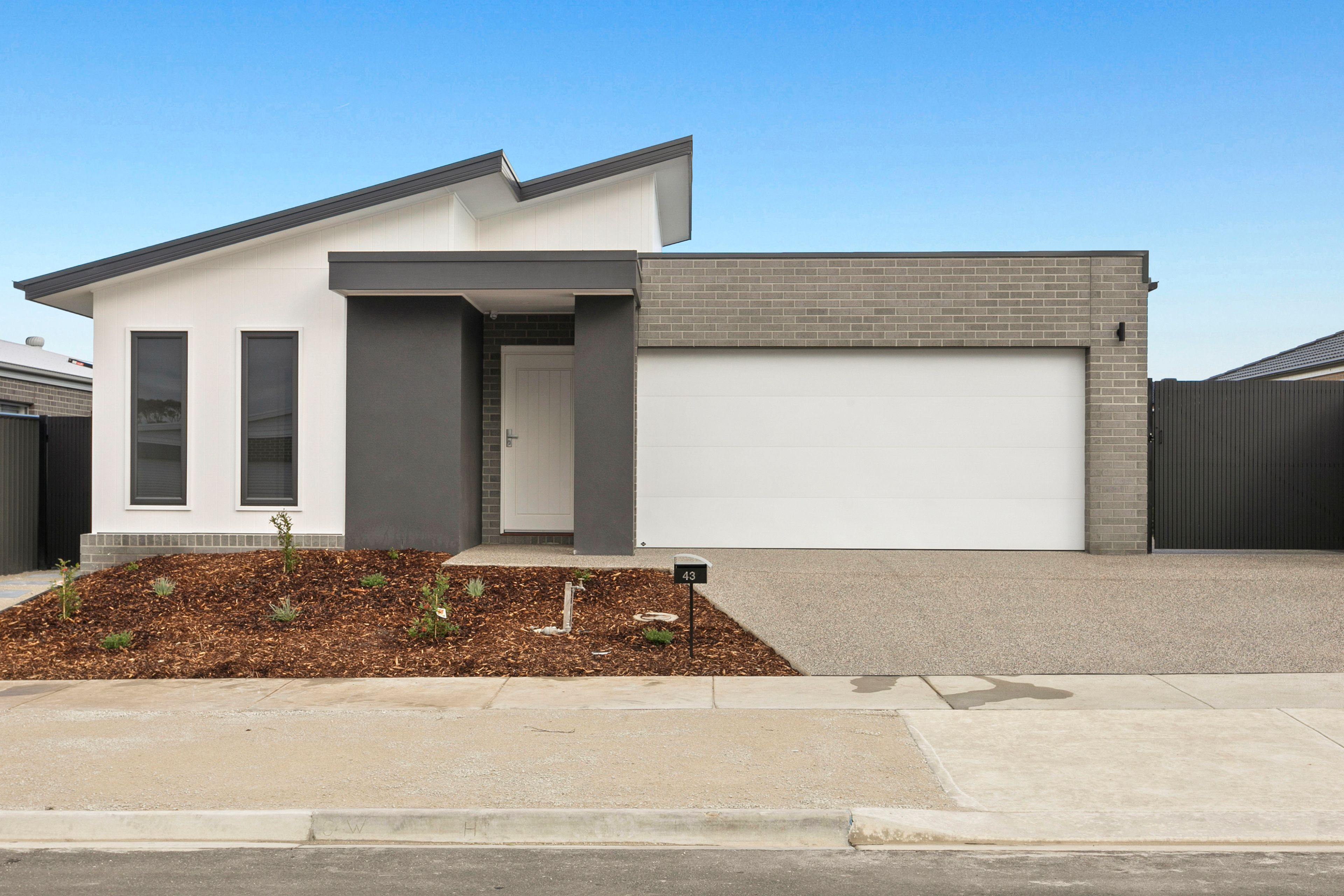 43 Capstan Crescent, Curlewis VIC 3222