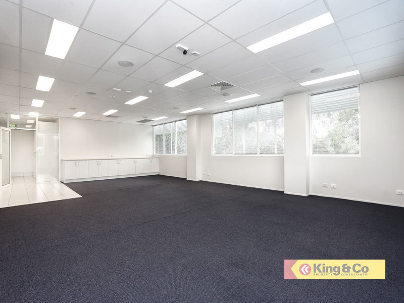 CORPORATE OFFICE SPACE - GREAT LOCATION