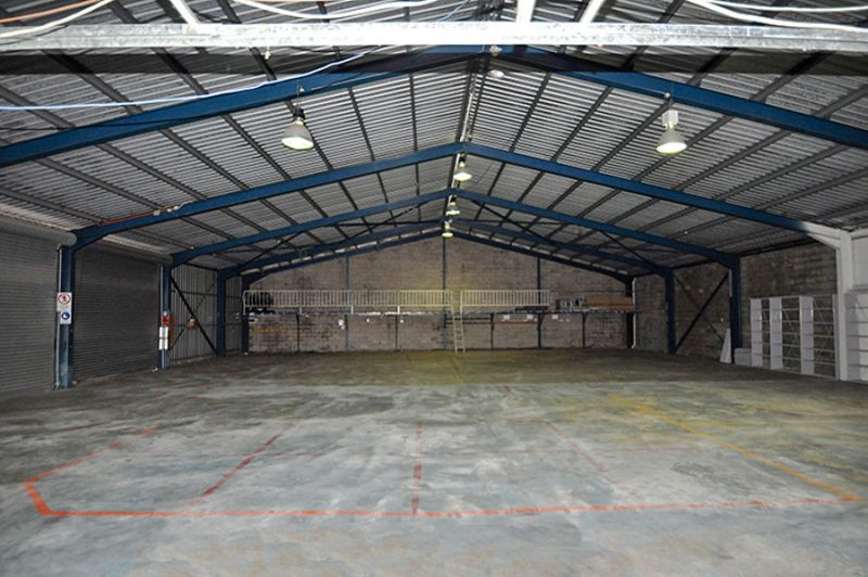 PREMIUM GRADE INDUSTRIAL PREMISES