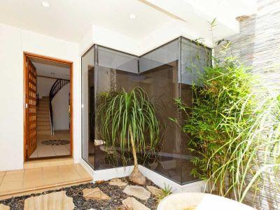 WATERFRONT - 4 BEDS, 3 BATHS, POOL & PONTOON
