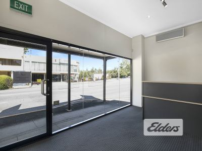 BITE SIZED OFFICE/RETAIL - UNRIVALLED EXPOSURE!