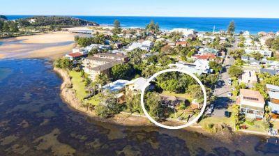 Lakefront Estate Sale - Level Home Site