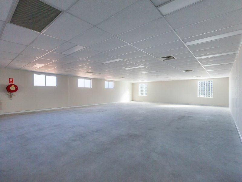 FIRST FLOOR OFFICE SPACE!
