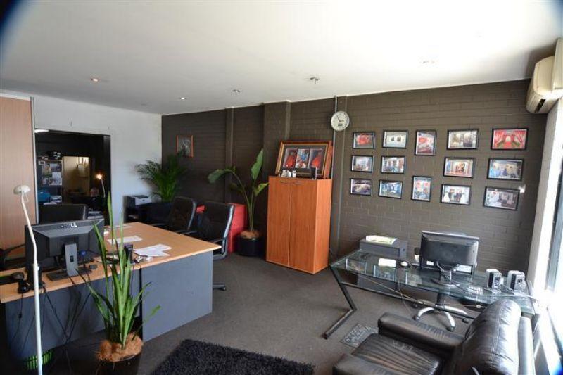 Broadmeadow Brick Showroom