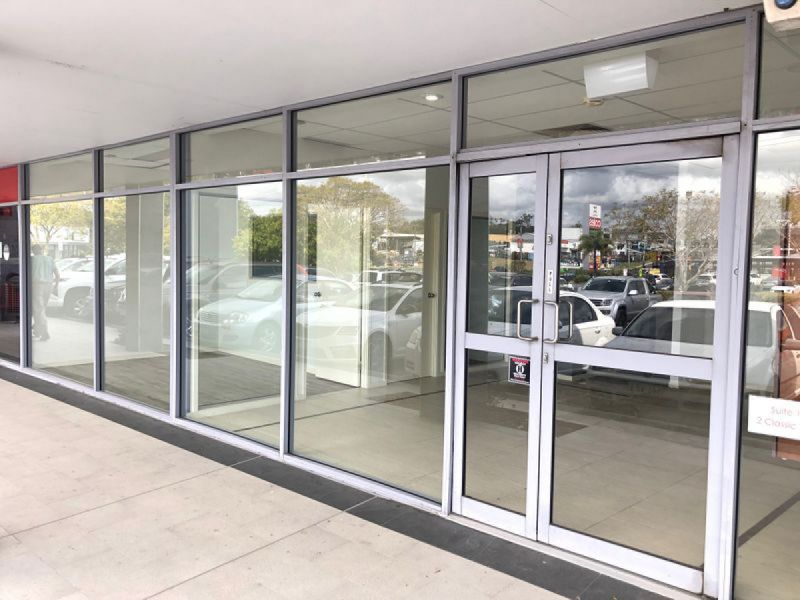 GROUND FLOOR RETAIL IN TREETOPS SQUARE