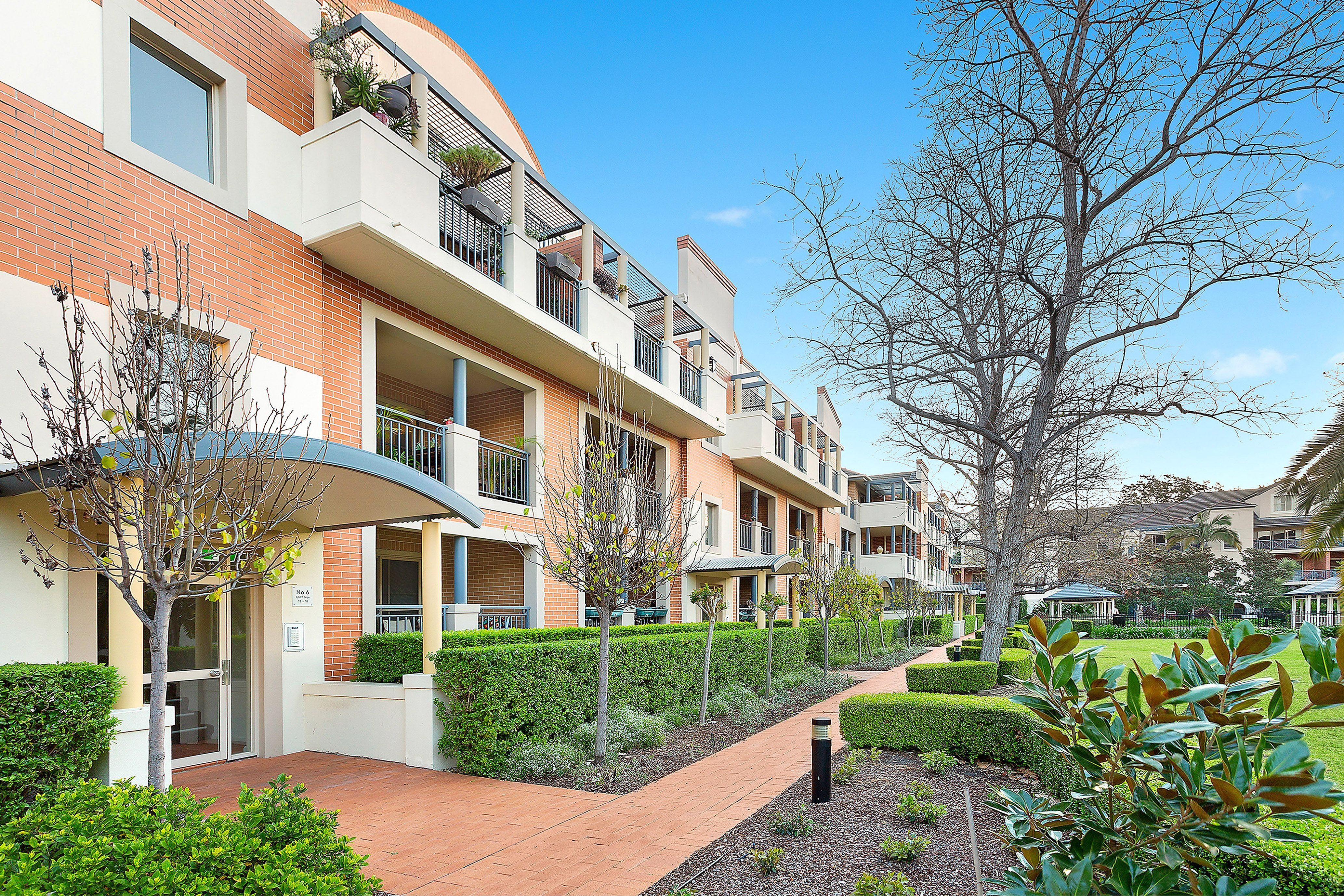 32/6 Williams Parade, Dulwich Hill
