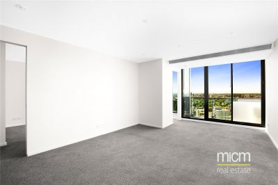 Southbank Grand: 29th Floor - Two Bedroom Apartment with Large Open Spaces!