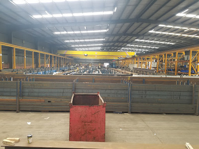 Steel fabrication facility with cranes and blaster for lease, 3150m2