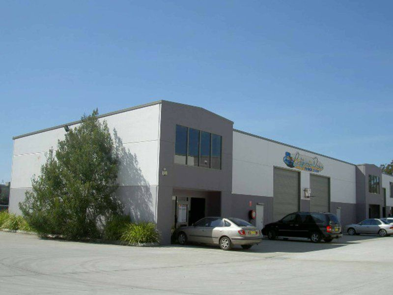 CENTRALLY LOCATED INDUSTRIAL