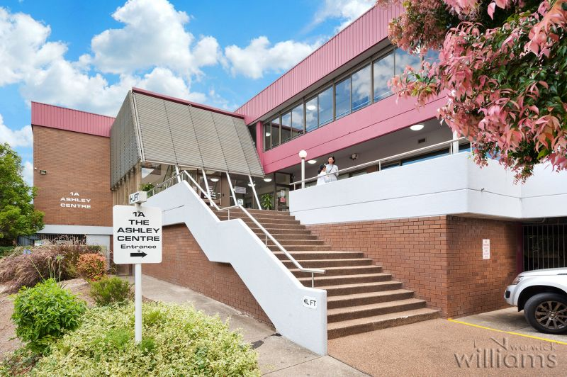 STRATA SUITE - WESTMEAD
