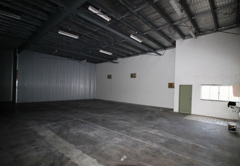 Ease Of Access Onto Arterial Road Warehouse - For Lease