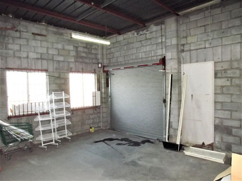 SMALL AFFORDABLE SUBLEASE WAREHOUSE SPACE IN KINGSTON