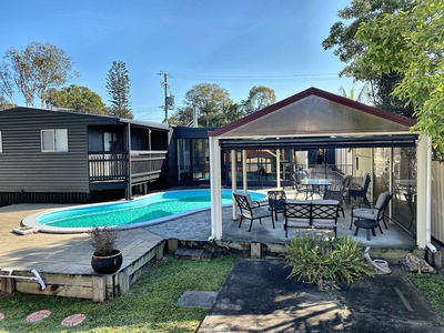 NEWLY RENOVATED HOUSE FOR SALE - GREAT OPPORTUNITY FOR FAMILY