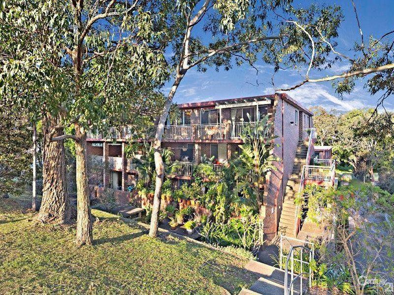 2/2 Railway Crescent, Jannali NSW 2226