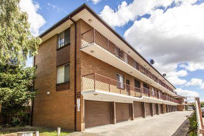 2/10 Carmichael Street, West Footscray