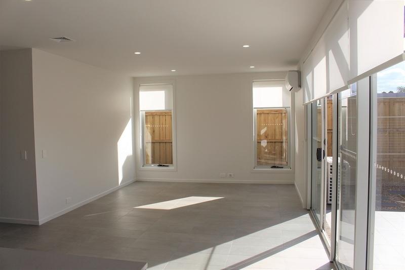 Denham Court 32 Indigo Crescent