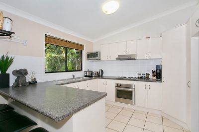 Conveniently located 227m2 Family Home